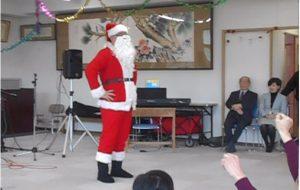 クリスマス会 巨大サンタさん